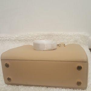 Michael Kors Bags - Sold! Nwt Michael kors bag | MD satchel
